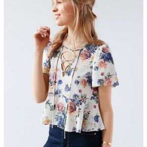 UO Kimchi Blue Floral Judy Lace-Up Blouse Large